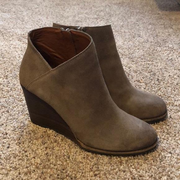 01abb6f4ec21 Lucky Brand Shoes - Lucky Brand  Yakeena  Zip Wedge Bootie